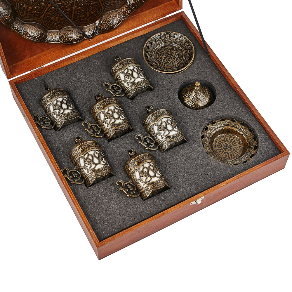 Подарочный набор посуды в деревянной коробке - фото 2