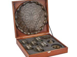 Подарочный набор посуды в деревянной коробке
